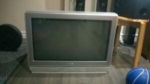 32' Toshiba Color TV