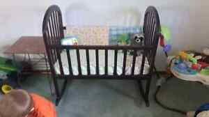Wooden cradle and travel swing