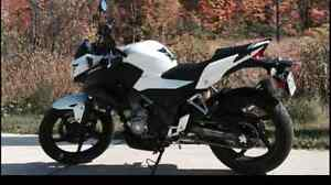 2015 CB300F IN SHOWROOM CONDITION+EXTRAS!! ONLY 2271KMS!!
