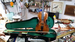 Beginner Violin, Case and Bow