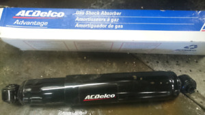Jeep Cheerokee rear shocks brand new