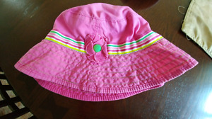Girls Children's Place sun hat (size 3-4T)