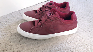 Converse youth 5.5  or womans 8