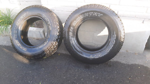 2x 255 70 R16 Toyo open country tires