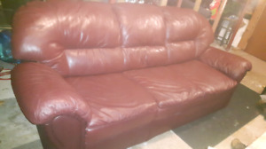 Leather  Couch  Burgundy
