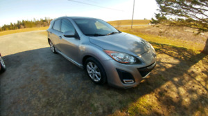 2010 Mazda 3 Sport, 2.5l, 6spd - looking to trade