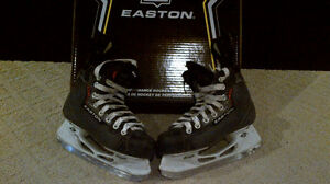 Easton Synergy skates - Size 2 D
