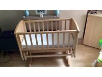 Mothercare duluxe gliding crib