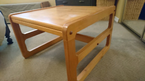 Pine End Table