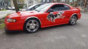Mustang gt 98 manuel v8 4.6l 190 000km