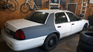 Police interceptor 2011 crown Victoria