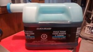 4 Liters Of QUICKSILVER 2 Cycle Outboard Oil Premium Blend