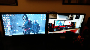 Alienware computer with monitors