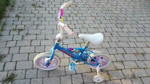 Small girl's bike in good condition. London Ontario image 1