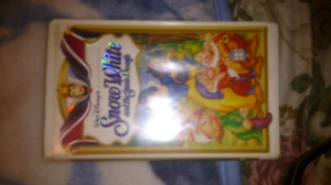 Snow white and the seven dwarfs masterpiece collection