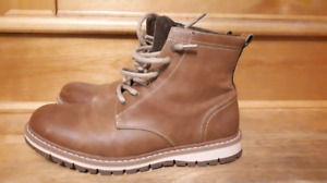 T-Max Boots