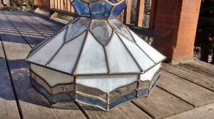 Pretty Stained Glass hanging lamp shade
