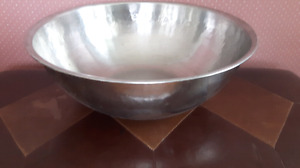 EXTRA LARGE STAINLESS STEEL BOWL