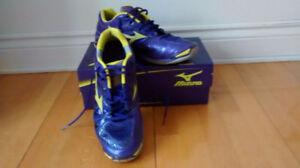 Mizuno Wave Tornado Badminton Soulier Shoes Grandeur/ Size 11