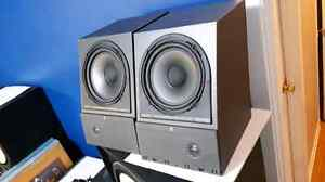 AR Acoustic Research HOLOGRAPHIC IMAGING Bookshelf Speakers West Island Greater Montréal image 2