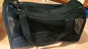 $15 Cat or Small Dog Pet Carrier Bag
