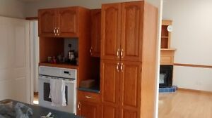 SOLID OAK KITCHEN CABINETS IN EXCELLENT CONDITION