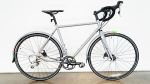 NEW JAMIS BOSANOVA Touring all weather Road Bike