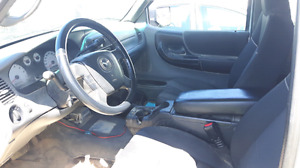 Mazda B4000 V5 2009