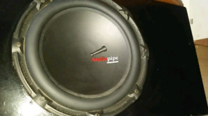 Subwoofer et amplificateur 340 watt