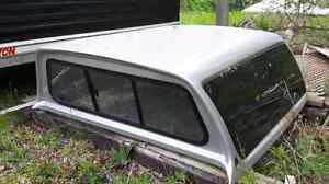 Truck Cap  Leer with automotive tinted glass