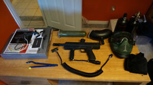 SP1 Automatic Paintball Gun + Accessories