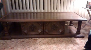 6 piece- coffee table, end tables, room divider
