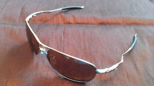 Oakley Crosshair sunglasses with protective case