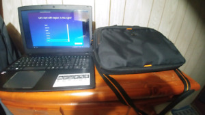 Acer Aspire E-15 perfect condition / great for stream and school
