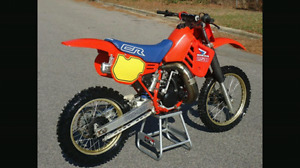 Looking for a parts bike 1986 cr250r