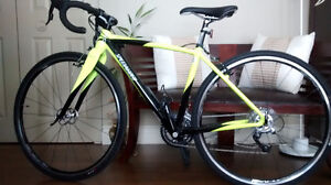 Vélo femme SPECIALIZED CRUX Comp Couleur: yellow/black gr.46