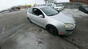2007 Volkswagen rabbit part out. Nego