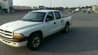 PICK UP Dodge Dakota 2 X 4  2003