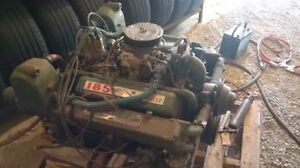 Chris Craft 283 v8 inboard boat motors with paragon transmission