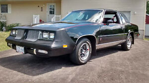 Front Bras-1984 to 1987 Olds. Cutlass, car cover & 5 oil filters