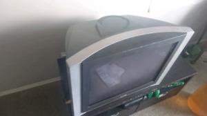 """Sears tube/flatscreen tv 27"""""""