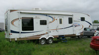 32 Ft Denali 5th wheel travel trailer 2008