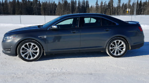 2016 Ford Taurus Limited Full Loaded