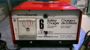 MOTOMASTER Battery Charger *MINT*