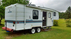 Fifth wheel 24' Mallard