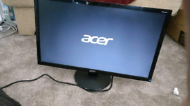 PC monitor 24 inch with cables