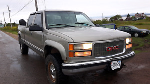 Gmc 2500 3 quarter  ton  4 door