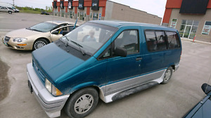 """Ford Aerostar """"new saftey"""" never winter driven"""
