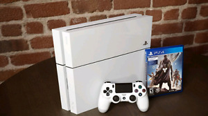 WHITE PS4 LIKE NEW TRADE FOR GAMING PC
