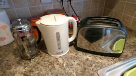 Kettle/toaster/coffee percolator